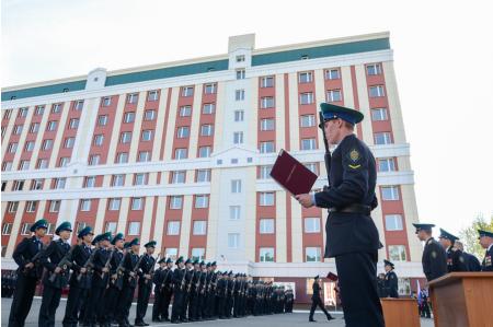 Академия и институт ФСБ как поступить